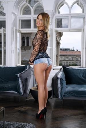 Ass Shorts Porn